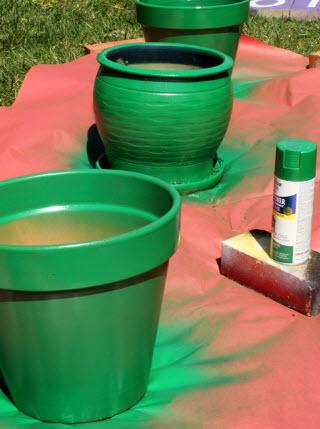 Garden bite for Painting plastic bins